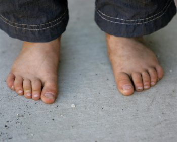 Feet18molr